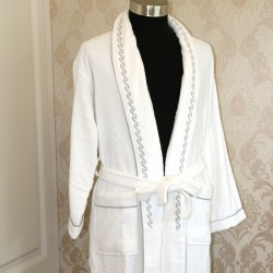 Cotton Velvet Bathrobes with Gray Embroidering Pattern 20pcs pack