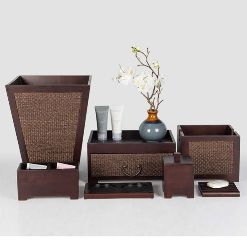 Brown Wooden Guest Room Amenities Set for Stars Hotels